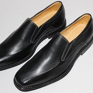 SANDRO MOSCOLONI BLACK LEATHER LOAFER